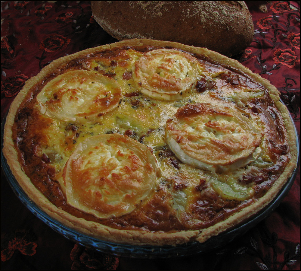 Potato goat cheese and bacon tart